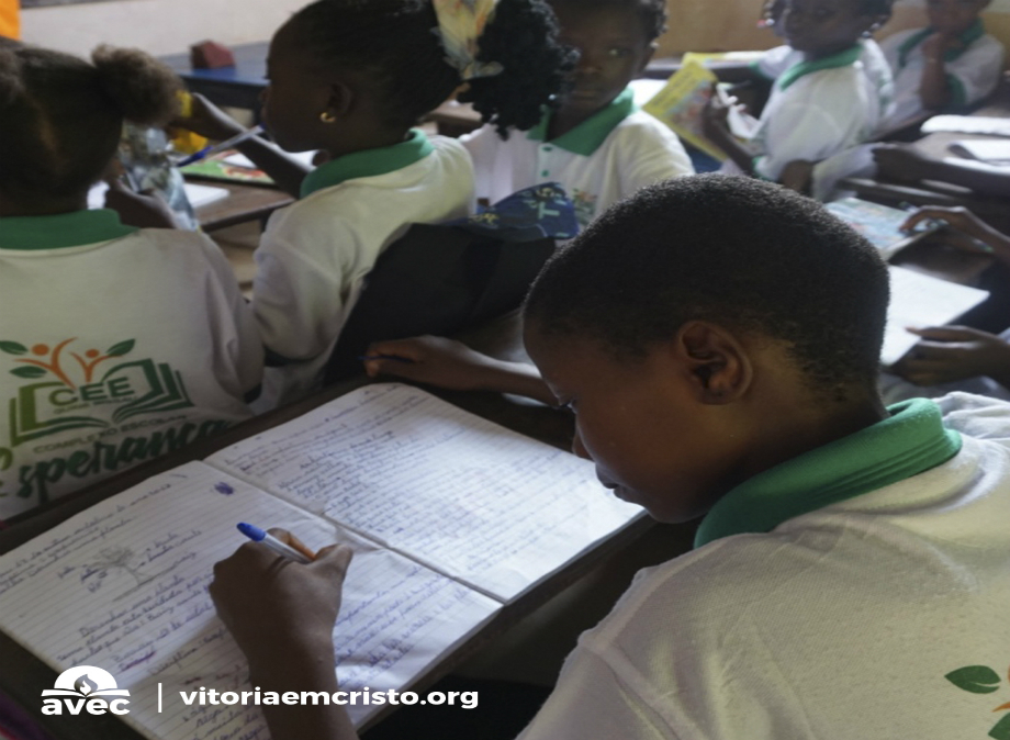 Fé e obras transformam vidas em Guiné-Bissau