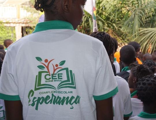 Dedicação ao ensino em Guiné-Bissau