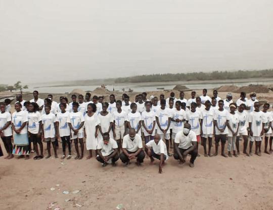 Mais 58 pessoas batizadas em Guiné-Bissau