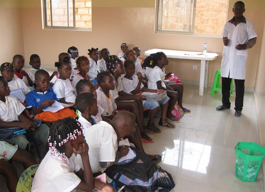 Transformando vidas através da educação
