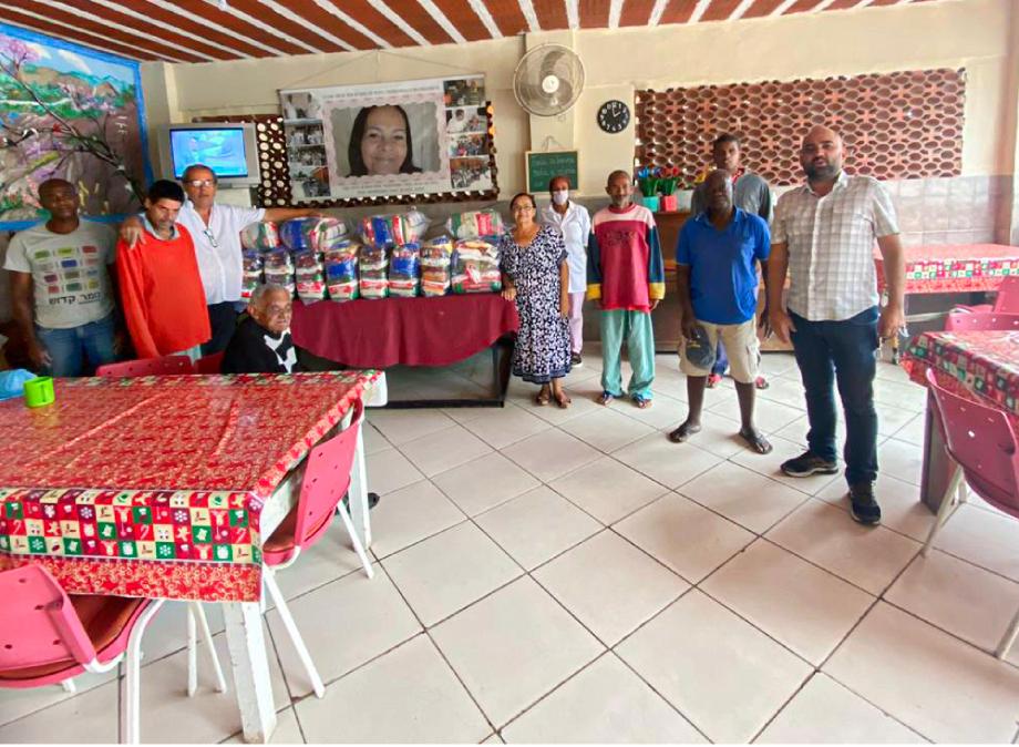 Lar amor maior recebe doação de 20 cestas básicas