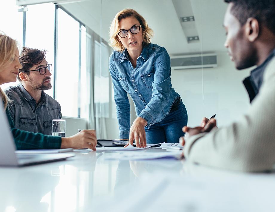 Como o líder pode melhorar a relação com a equipe