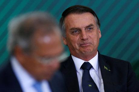 Bolsonaro cobra transparência em atos passados de bancos públicos